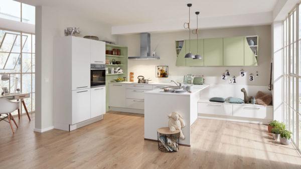 Interliving Küche Serie 3010 mit privileg Einbaugeräten