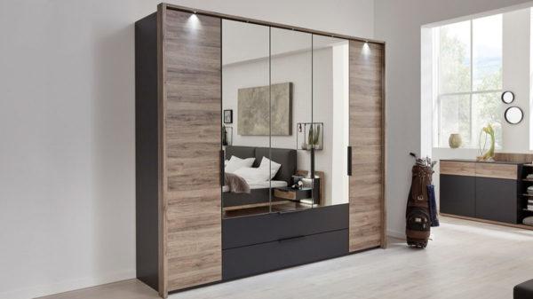 Interliving Schlafzimmer Serie 1007 – Kleiderschrank