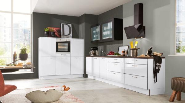 Interliving Küche Serie 3020 mit privileg Einbaugeräten