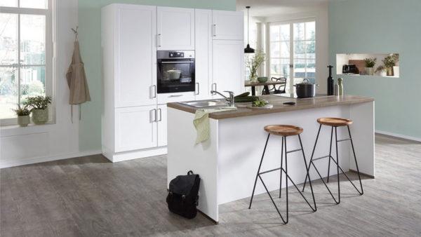 nobilia Einbauküche Credo mit AEG Elektrogeräten wie Backofen