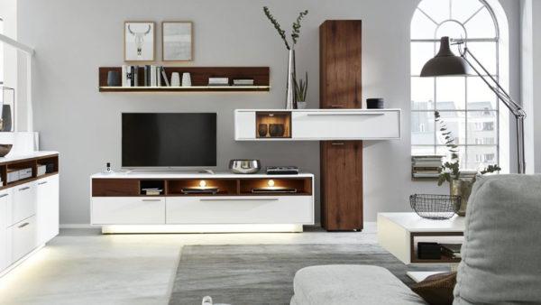 Interliving Wohnzimmer Serie 2102 – Wohnkombination 510801S mit Beleuchtung